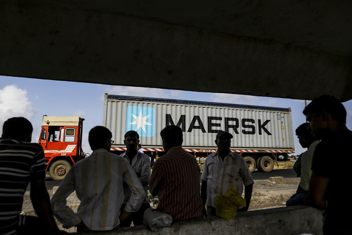 World's Biggest Container Line Ready to Lose Money to Win Market