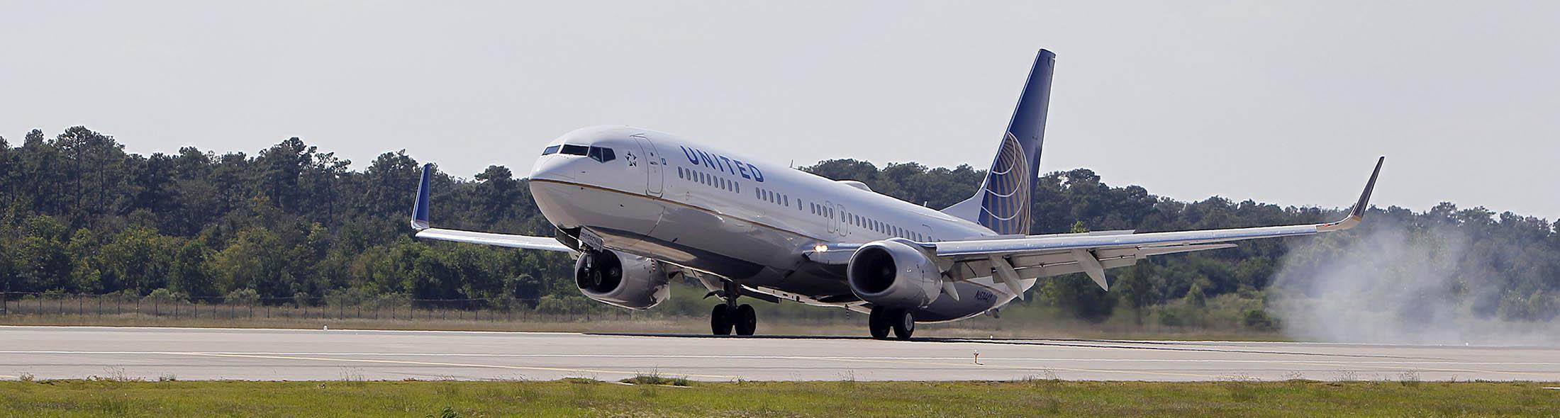 United's New Flights Stoke Fears of a Seat Glut Across Industry