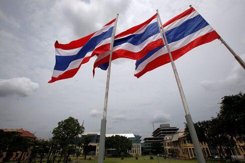 Thailand GDP Growth Accelerates; Flooding Threatens Slump