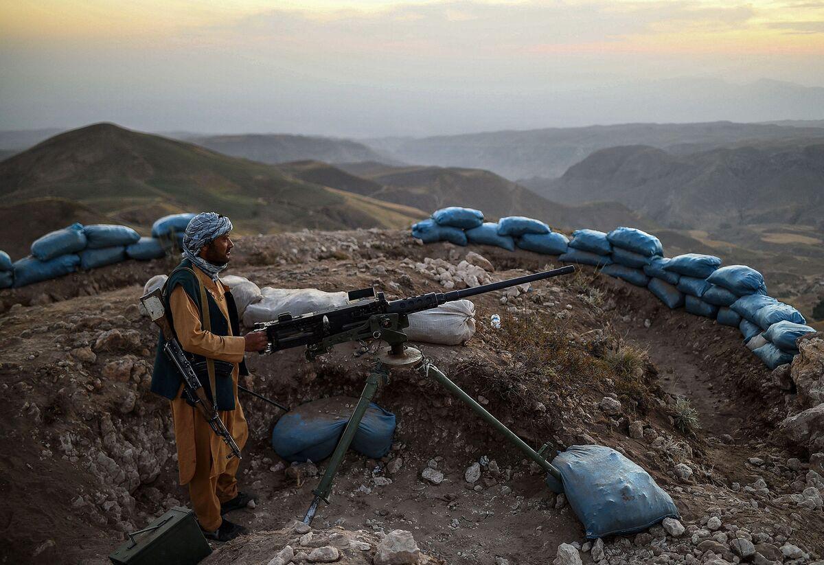 Taliban Has the Momentum in Afghanistan, Top U.S. General Says