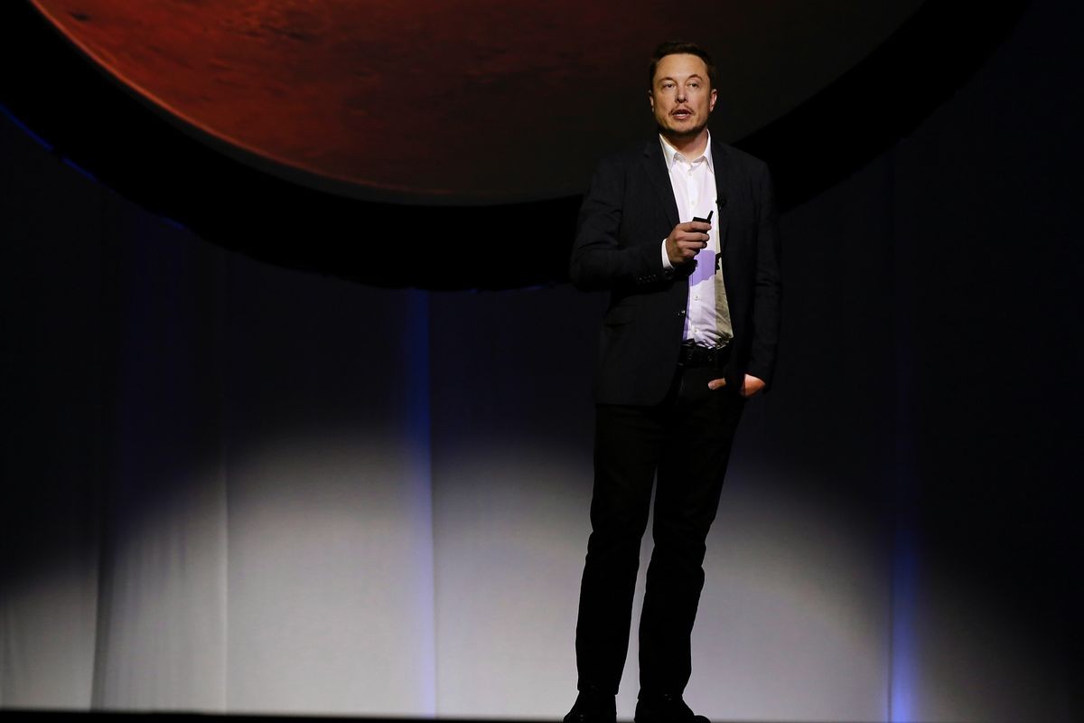 Musk takes down TESLA SPACEX pages