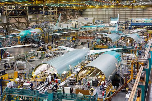 Boeing's New 777X Is a Hit. Now What About the Old One?