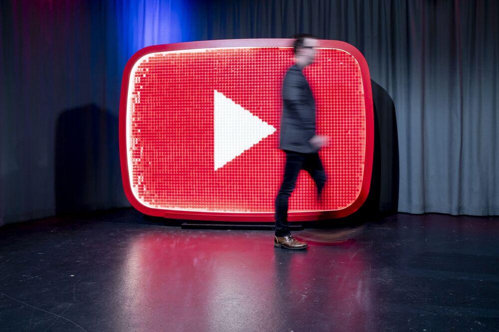 Kidfluencers' Rampant YouTube Marketing Creates Minefield for Google