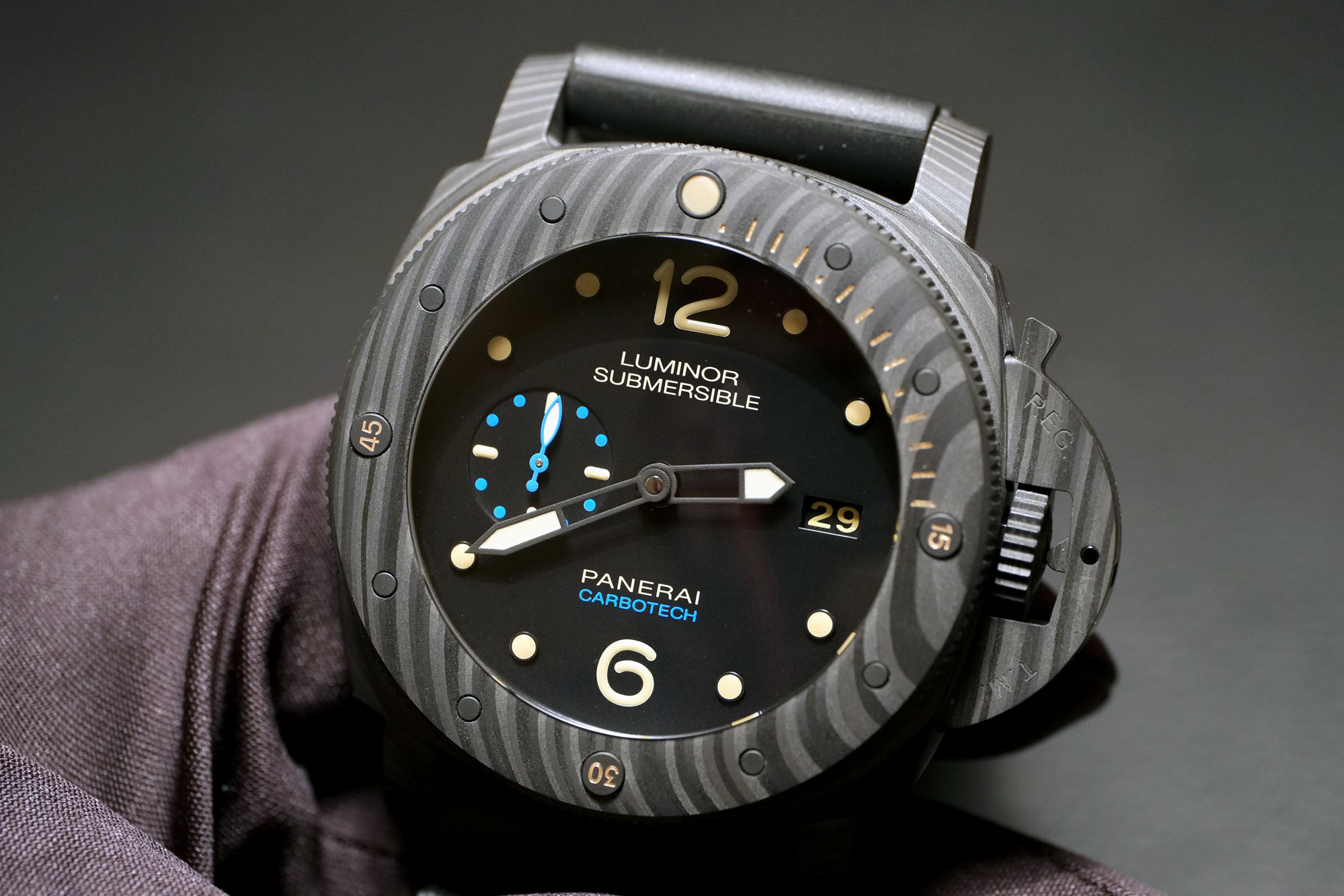 watches preview en luminor collections front collection watch panerai