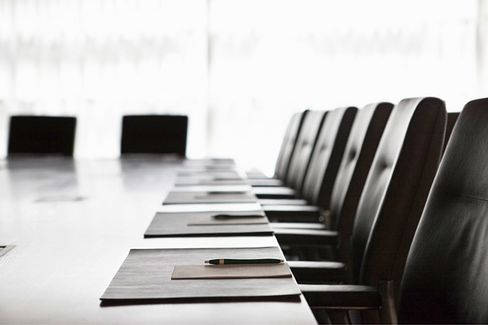 Rethinking Corporate Boards: Why Companies Need ???Board Service Providers???