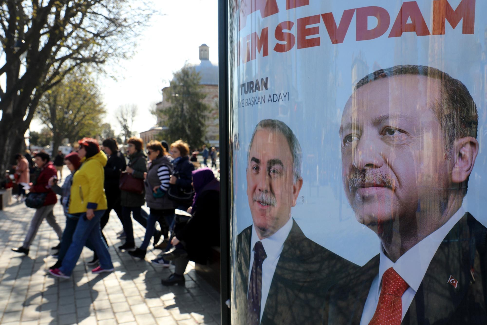 bloomberg.com - Asli Kandemir - Turkey Detains Economist for Insulting President on Social Media