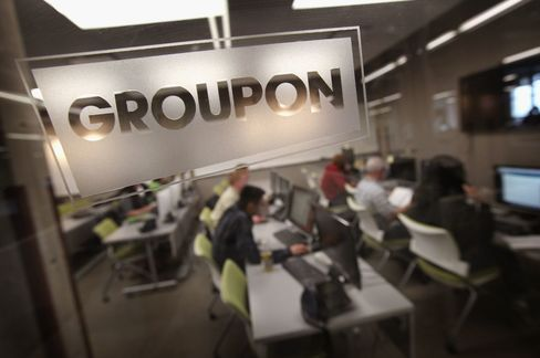 Groupon Reports Material Weakness, Cuts Quarterly Revenue
