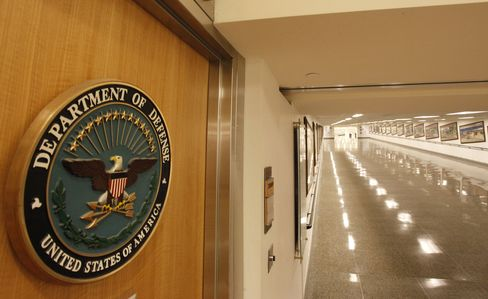 Pentagon Said to Furlough Up to 650,000 Civilian Employees