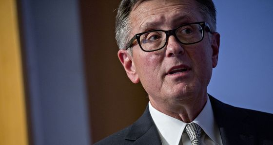 Fed's Clarida Says Not Yet Time to Start Taper Talk