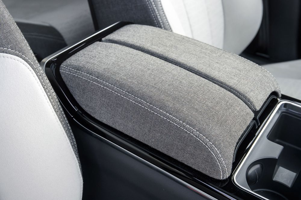 Audi, Land Rover Add Sustainable Options for Interiors - Bloomberg