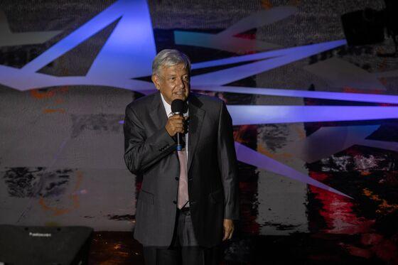 No Nafta Better Than Bad Nafta for Mexico's AMLO: Top Aide