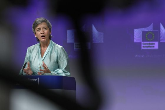Vestager Defends Tough Stance on Lufthansa Amid Jobs Warning