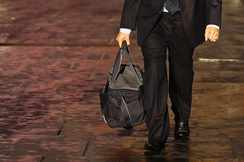 Australia December Job Ads Fall for Fifth Month in Six