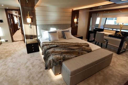 Sample interior of the Sunseeker 131: what you get for a $25 million (or more) indulgence.