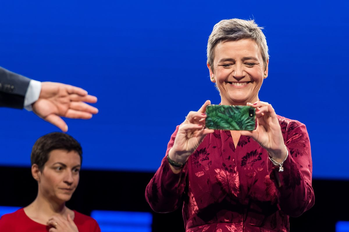 Apple Takes on EU's Vestager in Record $14 Billion Tax Battle