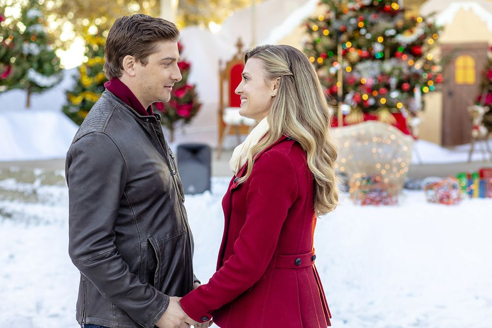 Hallmark Christmas Movies Loved By America Filmed In Canada