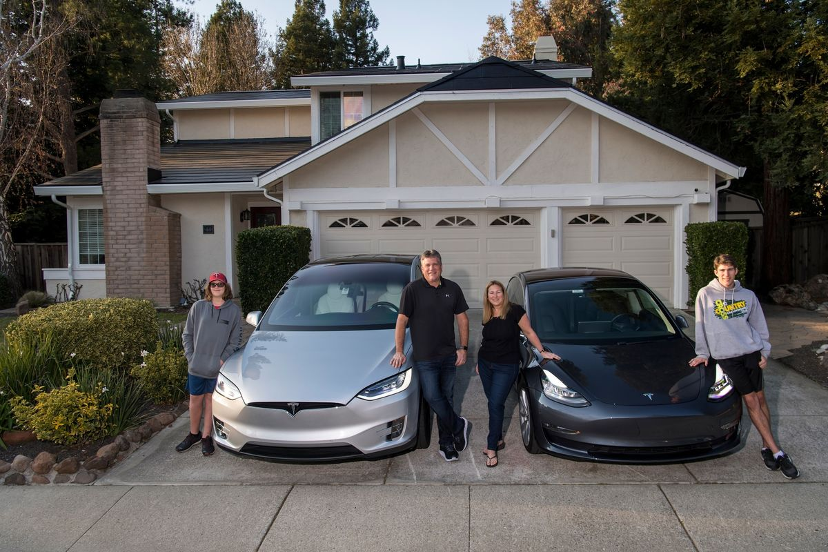 Tesla's Next Big Challenge Is Bringing Solar Roofs to Superfans