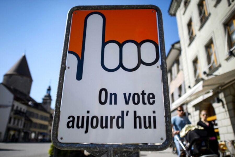 SWITZERLAND-VOTE-LABOUR-DEFENCE
