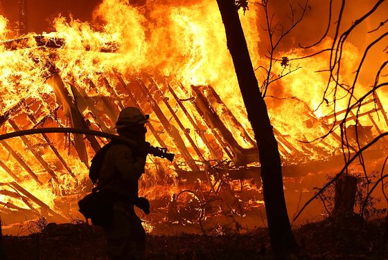 PG&E Exits Bankruptcy After Wildfires Pushed It to Brink of Ruin