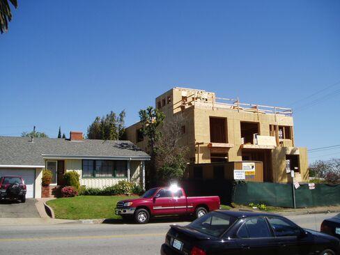 Los Angeles Curbs 'Mansionization'