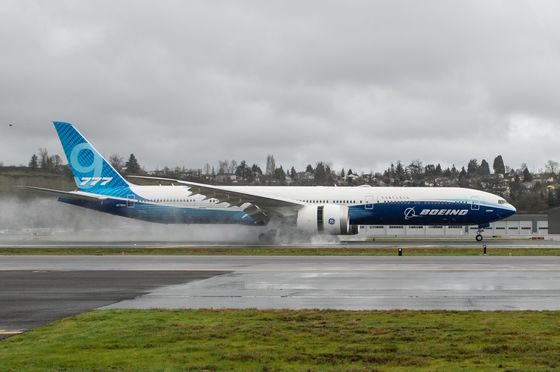 Boeing Risks Losing a Third of 777X Orders on Jet's Latest Delay