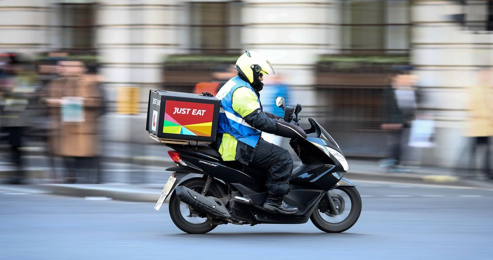 Just Eat CEO Exits With Threat From Uber, Deliveroo Growing