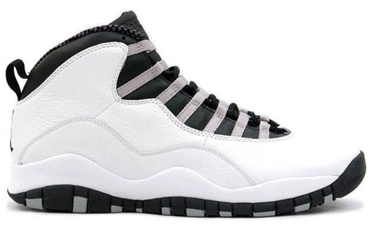 f8e3a0915bdb The 25 Best-Selling Air Jordans - Bloomberg