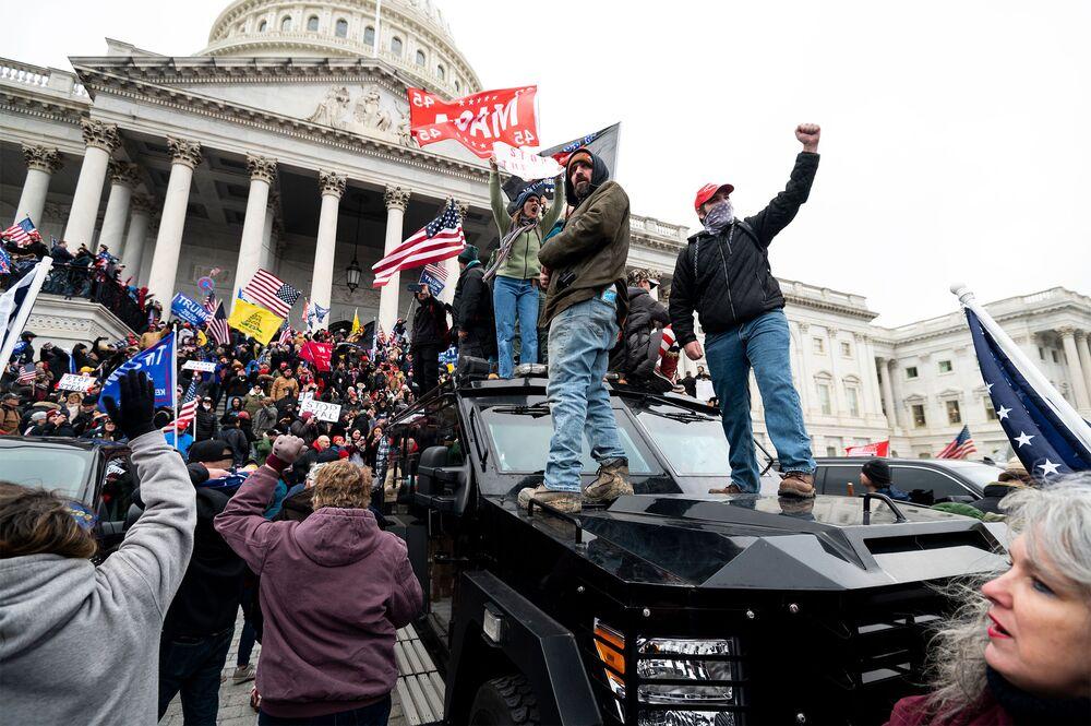 Pro-Trump Protest DC Jan. 6, 2020: US Capitol in Lockdown - Bloomberg