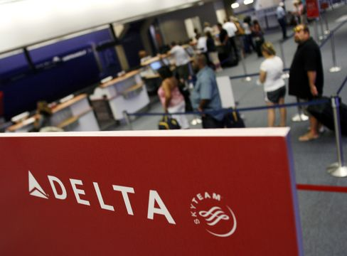 A Delta Airlines Ticket Counter in Dallas