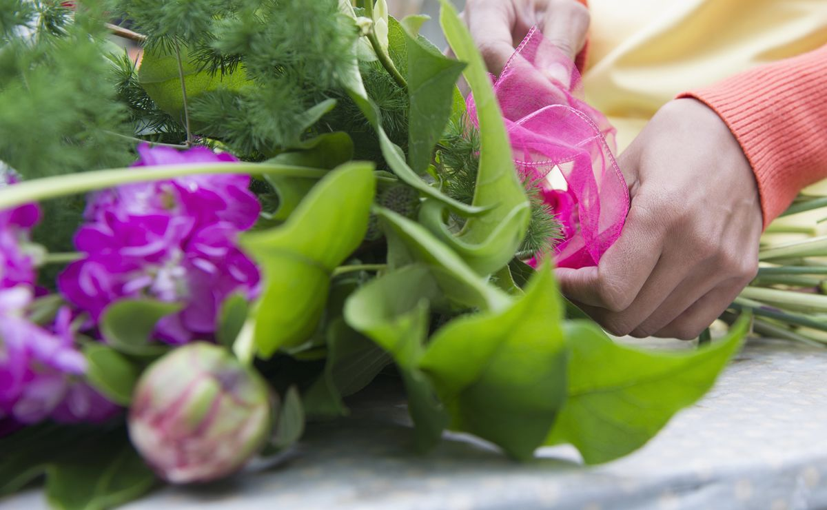 How to Send Flowers in 2017 - Bloomberg