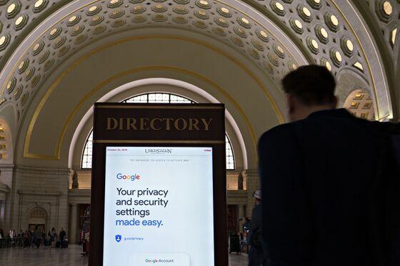 Facebook andAmazon Set Lobbying Records Amid Washington Scrutiny