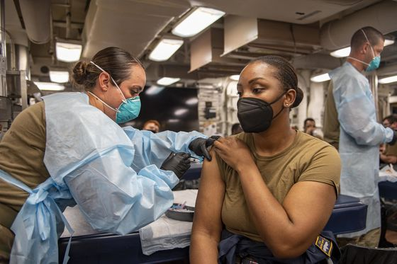What Corporate America Can Learn From the Navy's Vaccine Campaign