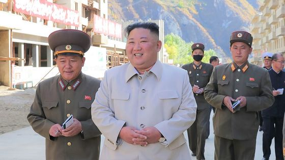 North Korea's Kim Appears in Public for the First Time in Month