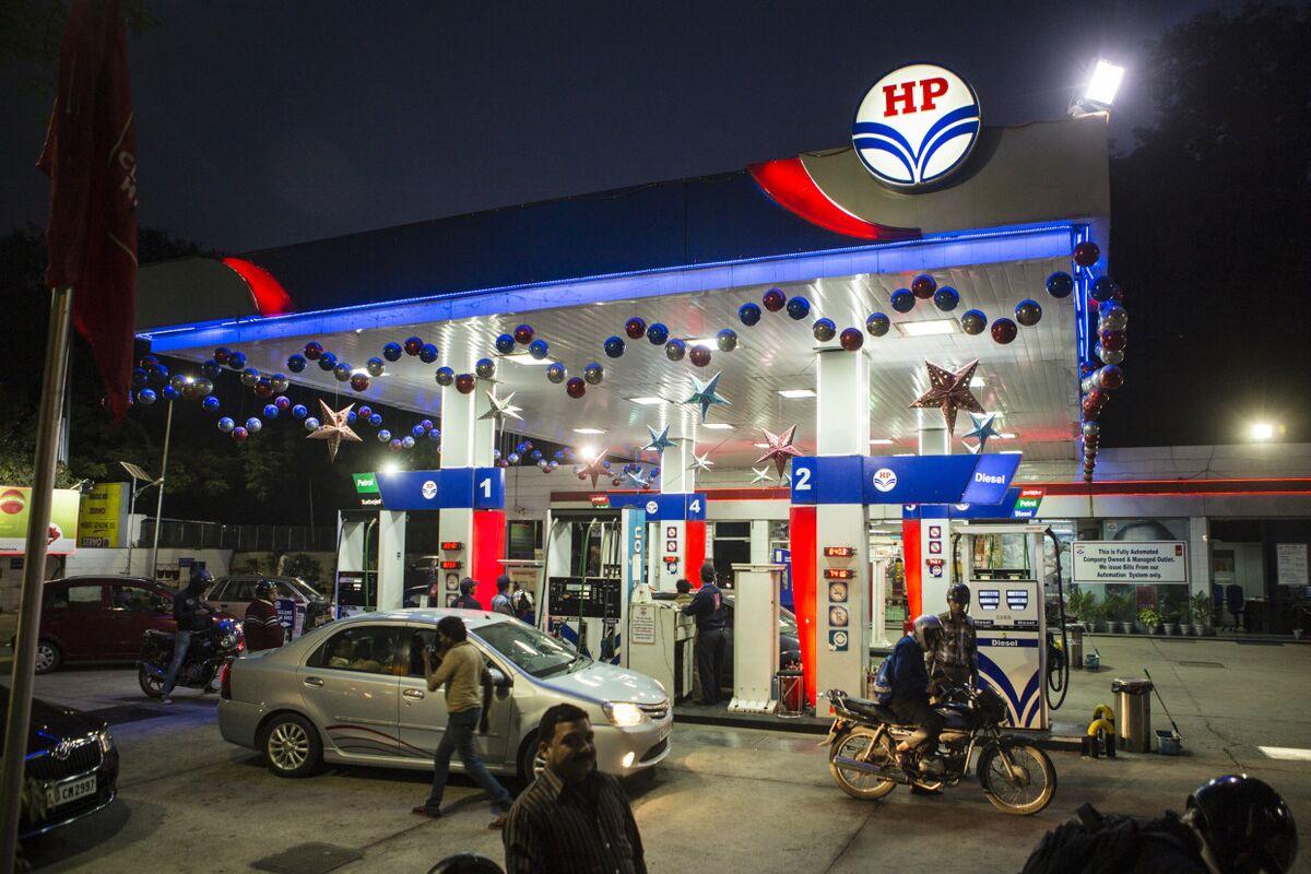 Indian OIl Refiner Plans Rapid Vehicle-Battery Swap Program