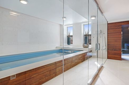 The solar power-heated Indoor pool at 2015 N. Cleveland Ave. in Chicago.