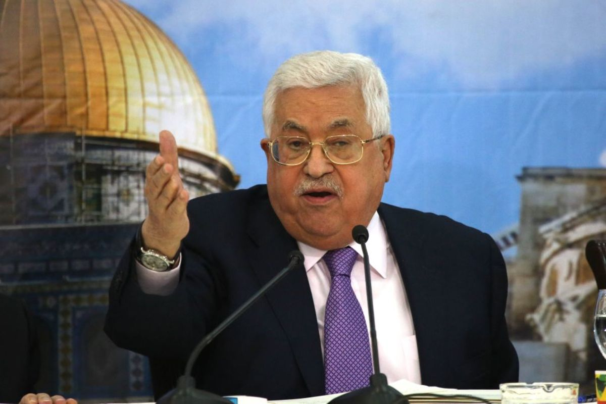 Abbas Is Haunted By a 40-Year-Old Peace Plan