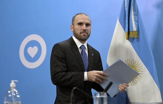 Argentina's Guzman Rules Out Changes to Latest Debt Offer