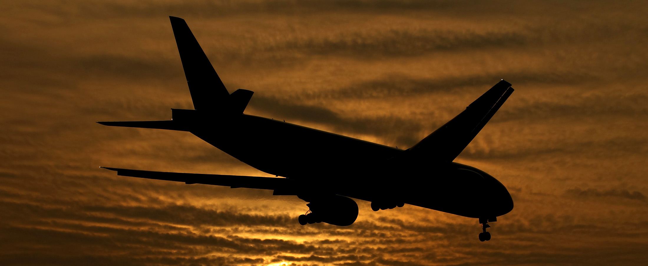 bloomberg.com - Theophilos Argitis - Canadian Inflation Unexpectedly Accelerates on Airfare Surge