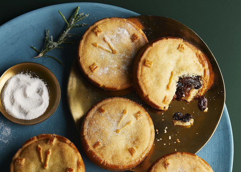 relates to Top Chef Picks Best Mince Pie in U.K. (and It Contains Carrot)