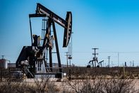 relates to Carrizo Oil Weighs Deal With Rival Explorer SM Energy