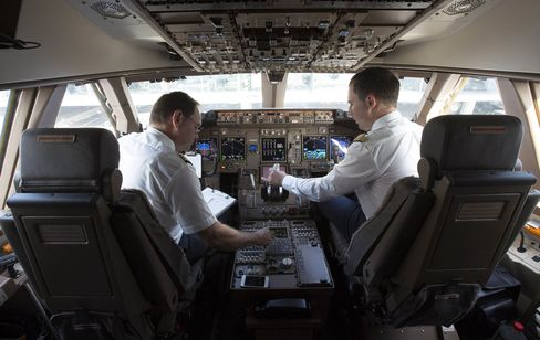 1469515418_boeing pilot