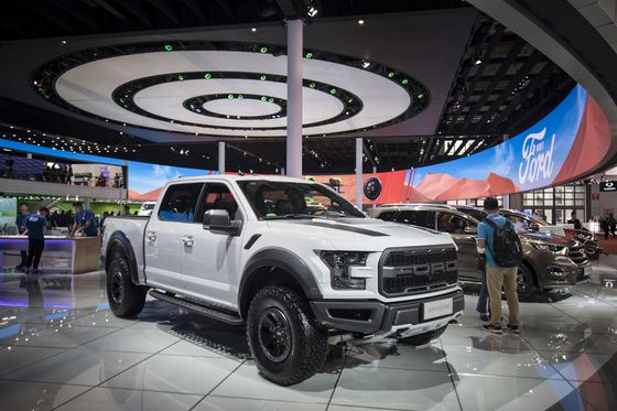 Premium Pickups Are Intruding on America's Luxury-Car Market