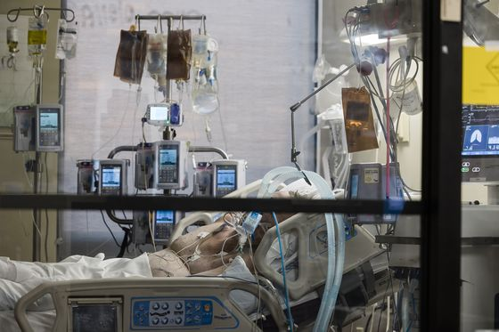 Delta Forces Hospitals Across U.S. to Ration Scarce ICU Beds