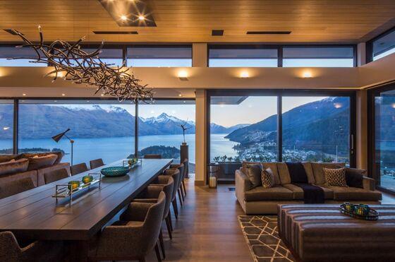 Star Broker Turns to New Zealand as New York Luxury Market Wilts