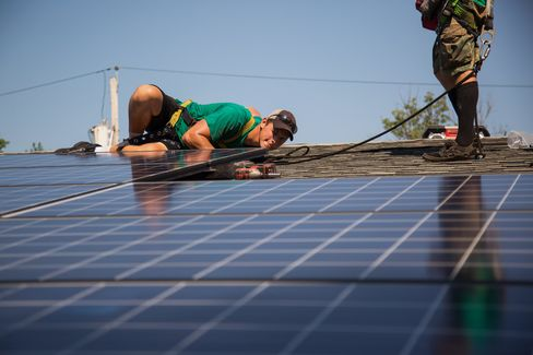 SolarCity does all of its own installations.