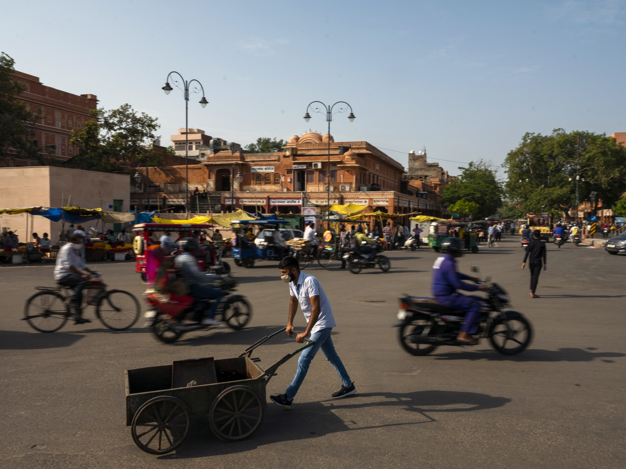 General Economy in Jaipur as India's Central Bank to Retain Dovish Policy