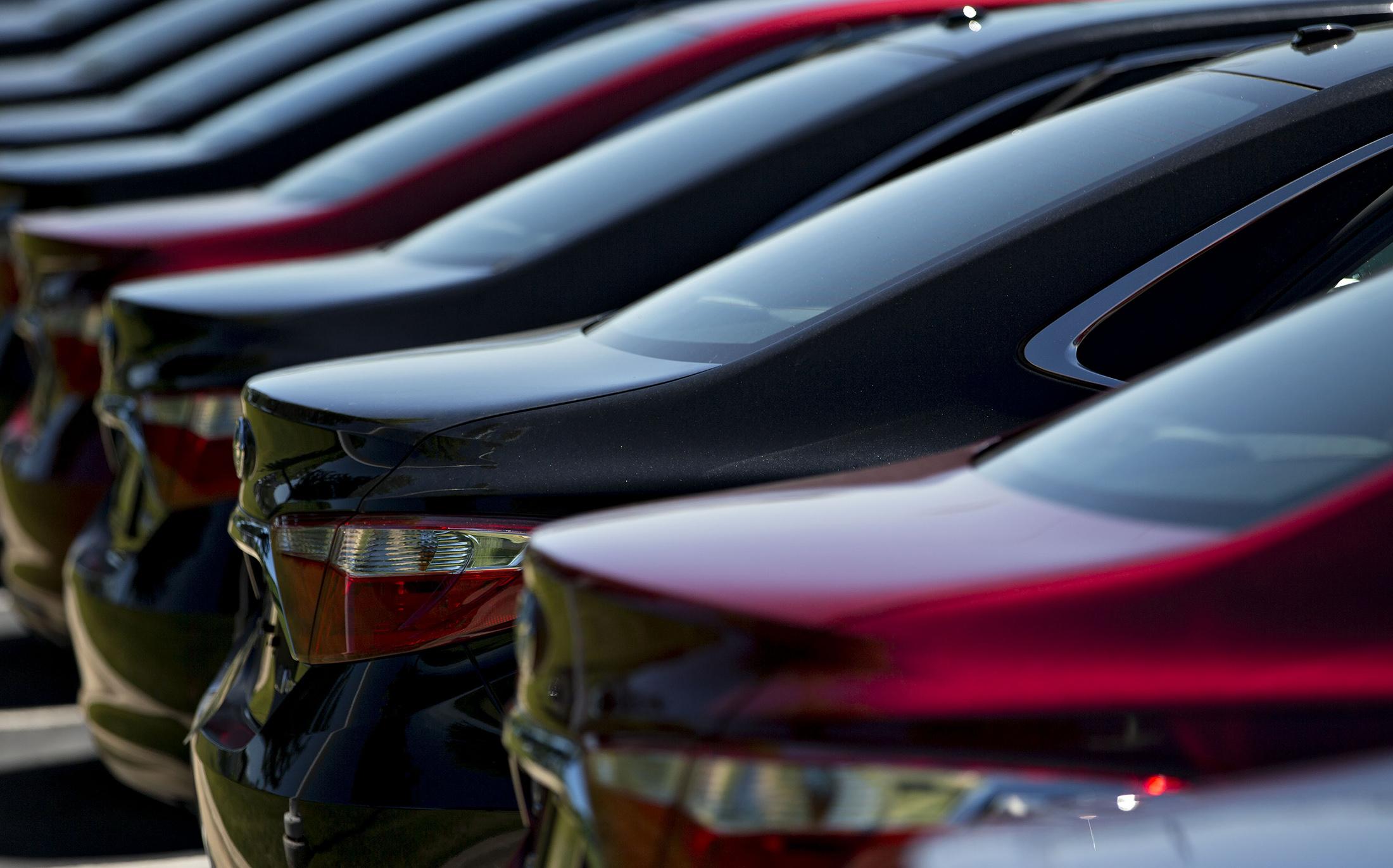 Amazon Eyeing British Drivers Sends Auto Trader Shares Tumbling ...