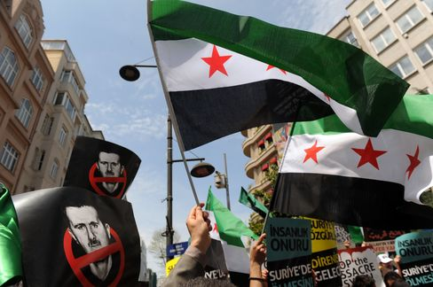 Syrian Massacre Fails to Budge Russia From Mideast Ally Assad