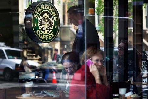 Starbucks to GOP Conventioneers: Put Away Your Cameras