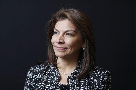 Latin America Bank Candidate Seeks to Bridge Left-Right Gap